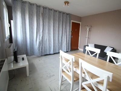 APPARTEMENT T1 A LOUER - PARAY LE MONIAL - 29,65 m2 - 297 € charges comprises par mois