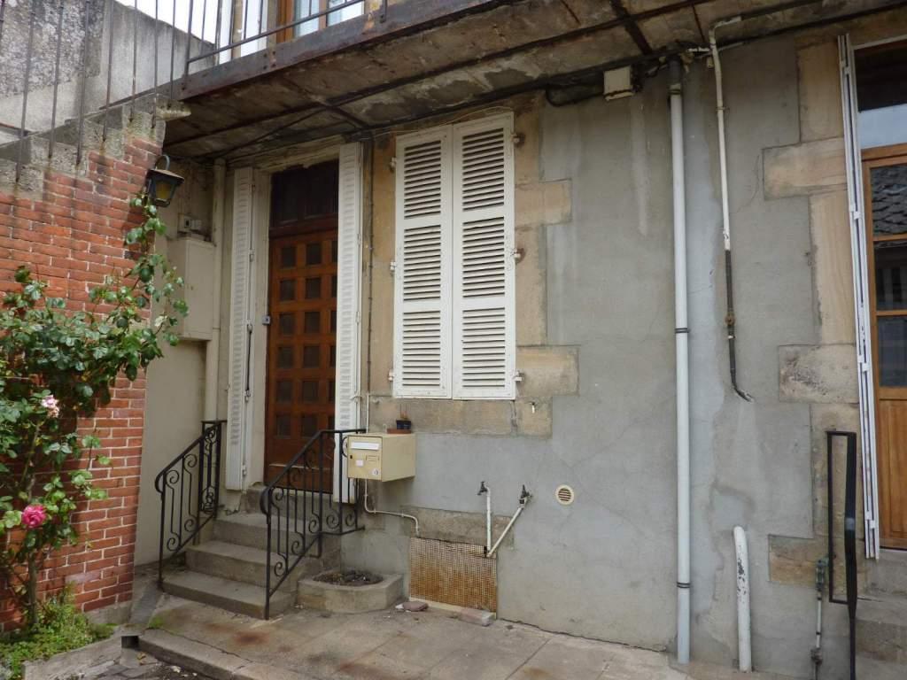 Appartement t2 a louer autun porte d 39 arroux 43 m2 for Louer son garage