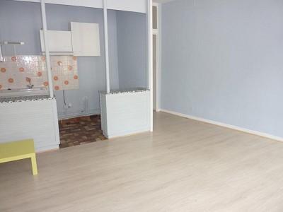 APPARTEMENT T2 A LOUER - AUTUN - 46 m2 - 295 € charges comprises par mois