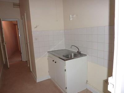 APPARTEMENT T2 A LOUER - AUTUN - 40 m2 - 320 € charges comprises par mois