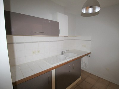 APPARTEMENT T2 A LOUER - CHALON SUR SAONE CENTRE VILLE - 59 m2 - 508 € charges comprises par mois