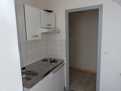 APPARTEMENT T2 A LOUER - CHALON SUR SAONE - 36 m2 - 396 € charges comprises par mois