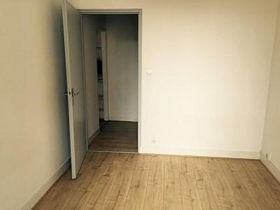 APPARTEMENT T2 A LOUER - DIJON CENTRE VILLE - 31,84 m2 - 450 € charges comprises par mois