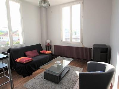 APPARTEMENT T2 A LOUER - DIJON - 40 m2 - 545 € charges comprises par mois