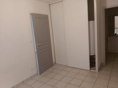 APPARTEMENT T2 A LOUER - LE CREUSOT - 37 m2 - 392 € charges comprises par mois