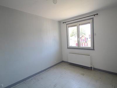APPARTEMENT T2 A LOUER - PARAY LE MONIAL - 40,46 m2 - 359 € charges comprises par mois