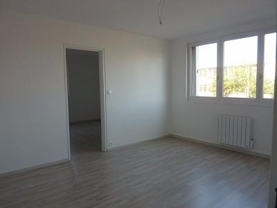 APPARTEMENT T3 A LOUER - AUTUN QUARTIER ST JEAN - 68,9 m2 - 513 € charges comprises par mois