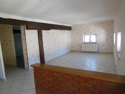 APPARTEMENT T3 A LOUER - AUXONNE 0 - 65 m2 - 450 € charges comprises par mois
