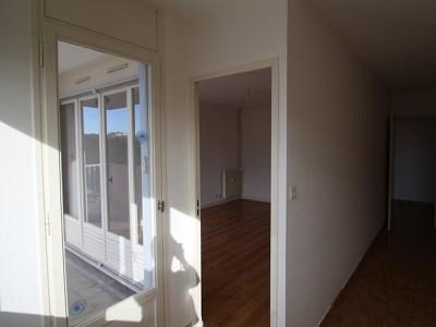 APPARTEMENT T3 A LOUER - BEAUNE - 68 m2 - 702 € charges comprises par mois