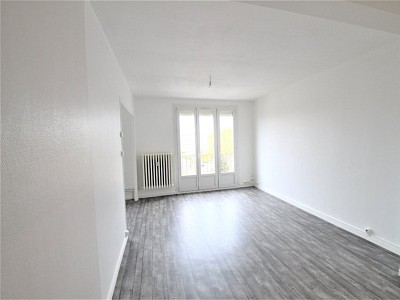 APPARTEMENT T3 A LOUER - CHALON SUR SAONE - 59 m2 - 540 € charges comprises par mois