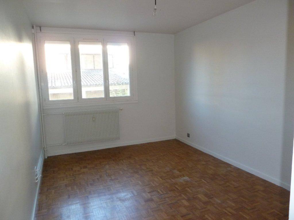 appartement t3 chalon sur saone 67 m2 lou immobilier chalon sur saone agences. Black Bedroom Furniture Sets. Home Design Ideas