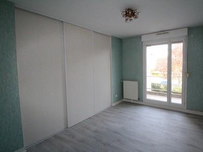 APPARTEMENT T3 A LOUER - DIJON JARDIN JAPONAIS - 72 m2 - 770 € charges comprises par mois