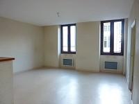 APPARTEMENT T3 A LOUER - GIVRY - 61,61 m2 - 447 € charges comprises par mois