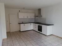 APPARTEMENT T3 A LOUER - LOUHANS - 80 m2 - 450 € charges comprises par mois