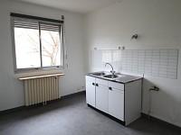 APPARTEMENT T3 A LOUER - PARAY LE MONIAL - 77 m2 - 560 € charges comprises par mois