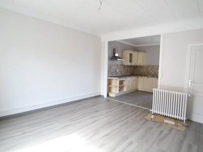 APPARTEMENT T3 A LOUER - PARAY LE MONIAL - 70 m2 - 634 € charges comprises par mois