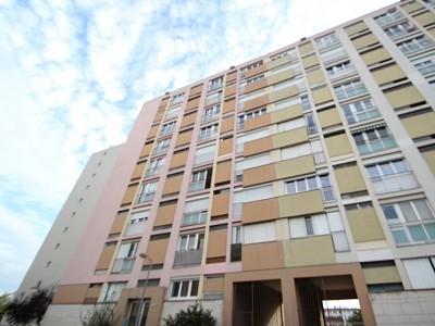 APPARTEMENT T3 A VENDRE - CHALON SUR SAONE - 62,56 m2 - 34900 €