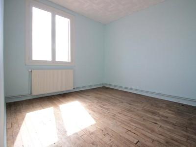 APPARTEMENT T3 A VENDRE - DIGOIN - 54,93 m2 - 22500 €