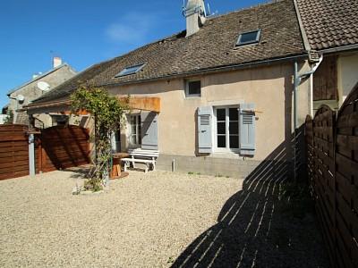 APPARTEMENT T3 A VENDRE - LEVERNOIS Centre village - 65 m2 - 153000 €