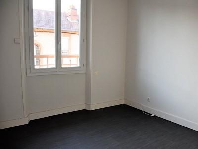 APPARTEMENT T3 A VENDRE - PARAY LE MONIAL - 61 m2 - 54500 €