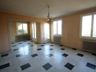 APPARTEMENT T4 A LOUER - PARAY LE MONIAL - 84 m2 - 481,62 € charges comprises par mois