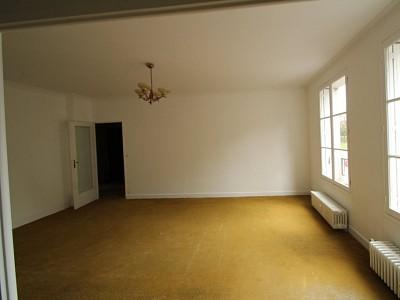 APPARTEMENT T4 A VENDRE - AUTUN - 97,15 m2 - 79500 €