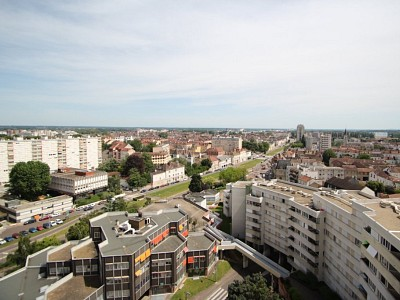 APPARTEMENT T4 A VENDRE - CHALON SUR SAONE - 93,08 m2 - 130000 €