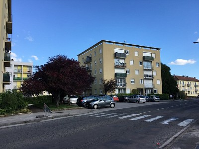 APPARTEMENT T4 A VENDRE - CHENOVE EDOUARD HERRIOT - 76 m2 - 68 000 €