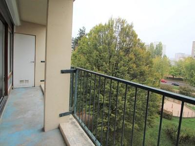 APPARTEMENT T5 A VENDRE - CHALON SUR SAONE - 82,84 m2 - 50000 €