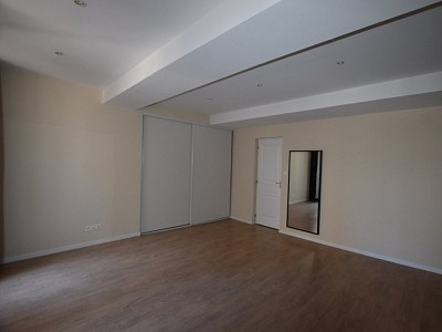 APPARTEMENT T5 A VENDRE - GIVRY - 124,21 m2 - 159000 €