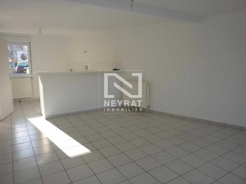 APPARTEMENT T3 A LOUER - CHATENOY LE ROYAL - 60,56 m2 - 465 € charges comprises par mois