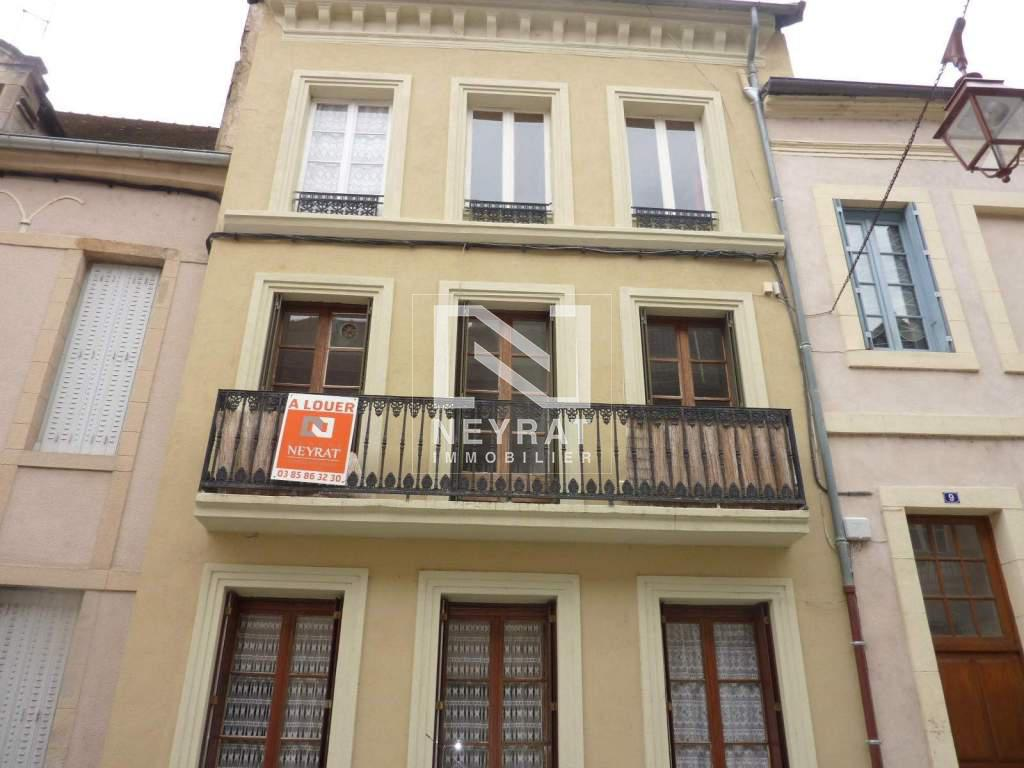 Appartement t3 a louer autun centre ville 60 m2 300 for Location appartement par agence
