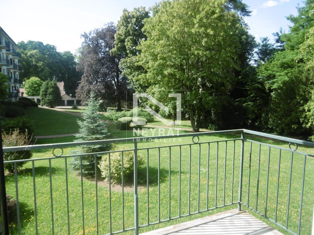 APPARTEMENT T2 A LOUER - PARAY LE MONIAL - 51,7 m2 - 385,90 € charges comprises par mois