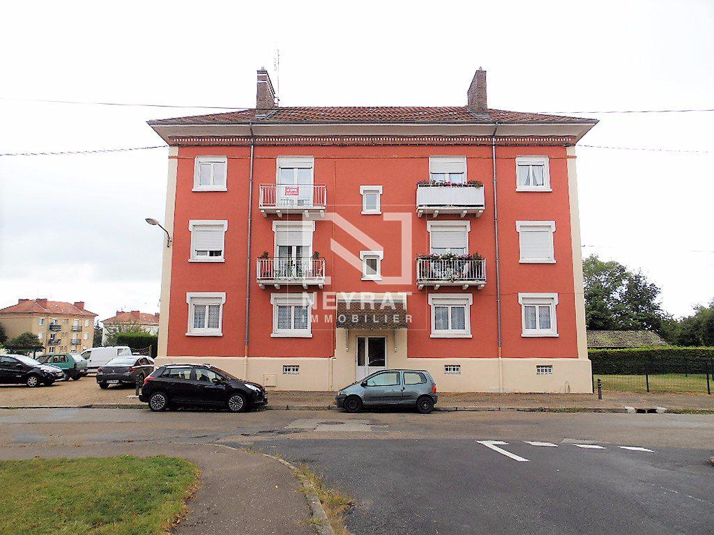 APPARTEMENT T3 - PARAY LE MONIAL - 58,08 m2 - 52 000 €