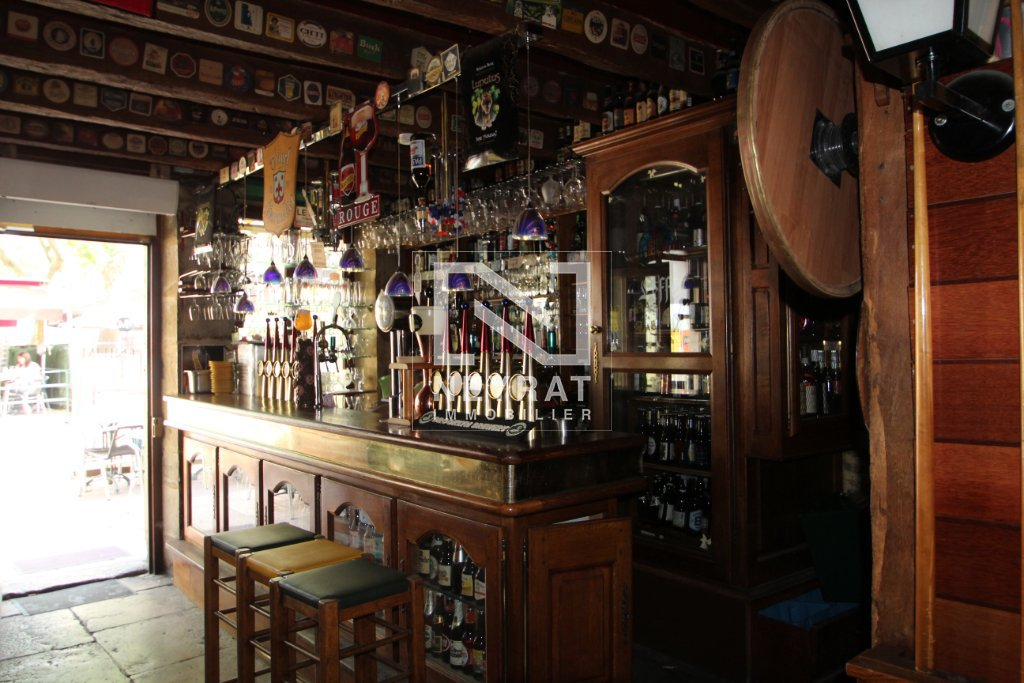 FONDS DE COMMERCE A CEDER - BAR - BRASSERIE - BEAUNE - 96 m2 - 340 000 €
