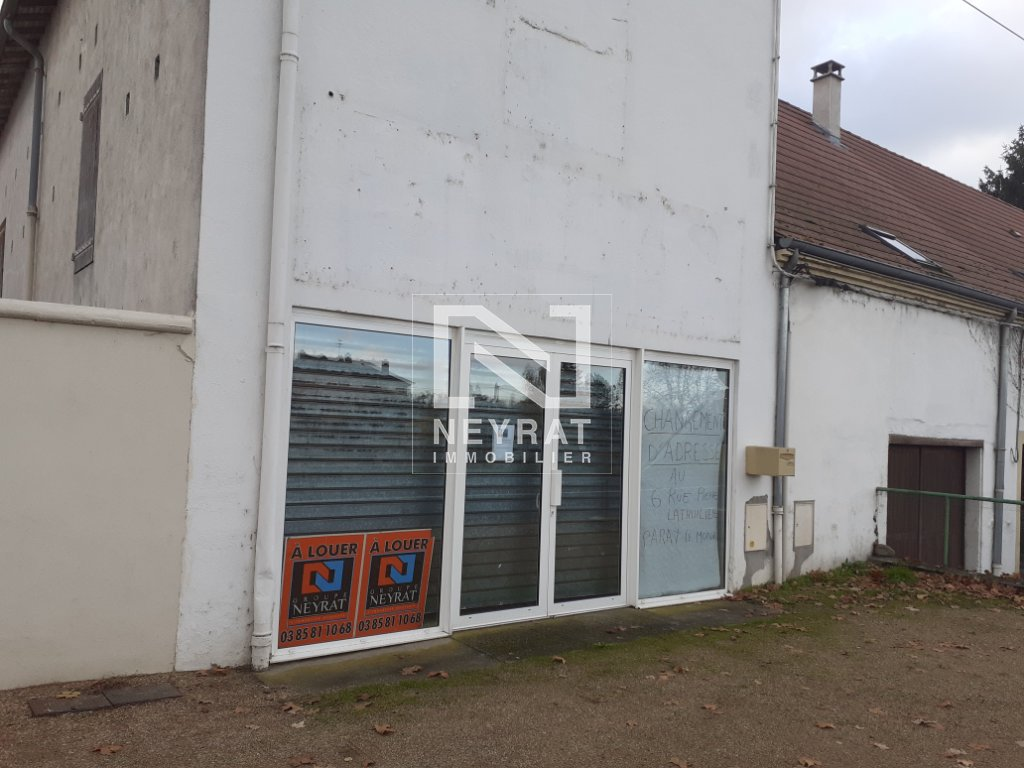 LOCAL COMMERCIAL A LOUER - PARAY LE MONIAL - 185 m2 - 800 € HC par mois