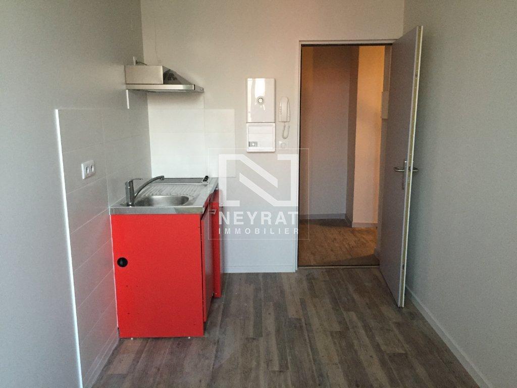 STUDIO A LOUER - BEAUNE - 25,3 m2 - 420 € charges comprises par mois