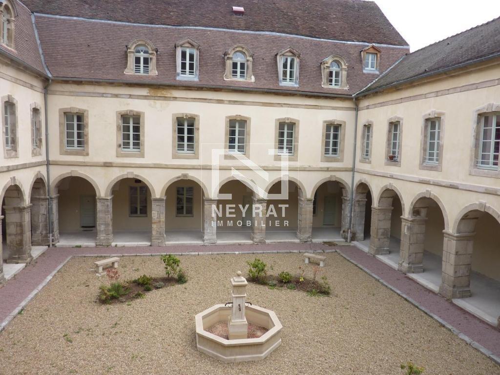 APPARTEMENT T2 A LOUER - AUTUN PROCHE CENTRE - 55 m2 - 387 € charges comprises par mois
