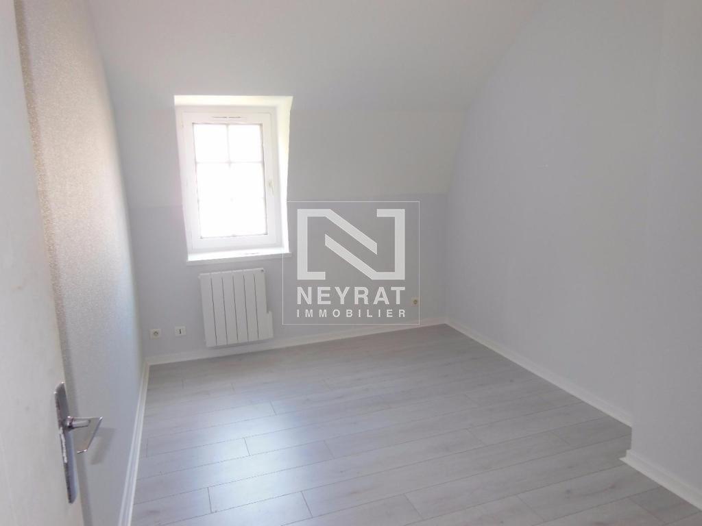 APPARTEMENT T2 A LOUER - AUXONNE CENTRE VILLE - 44 m2 - 430 € charges comprises par mois