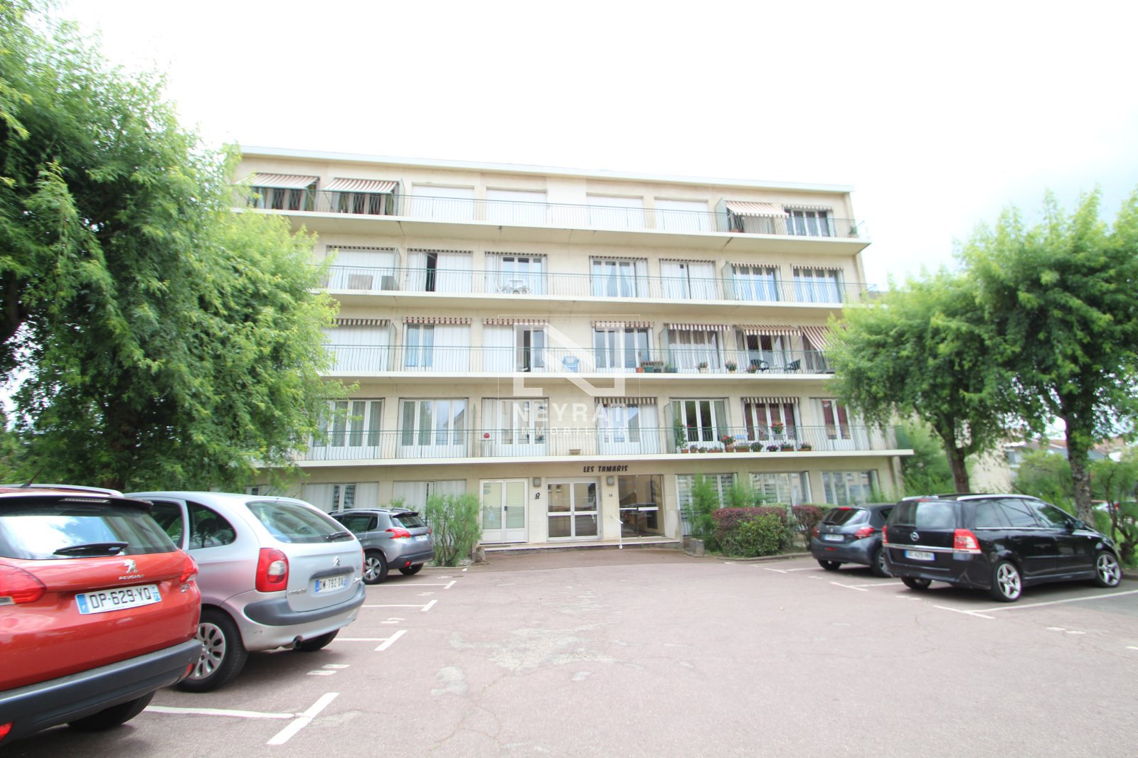 APPARTEMENT T3 A LOUER - PARAY LE MONIAL - 75 m2 - 586 € charges comprises par mois