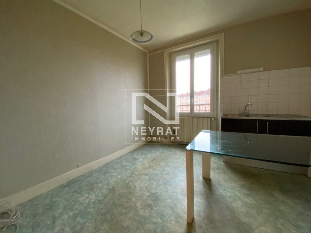 APPARTEMENT T3 A VENDRE - PARAY LE MONIAL - 60,2 m2 - 49 000 €